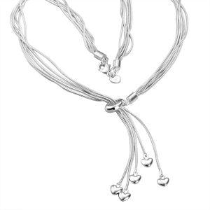 Halsketting - vijf hartjes - Liefdesketting