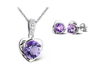 Purple Heart Set - Ketting & Oorknopjes