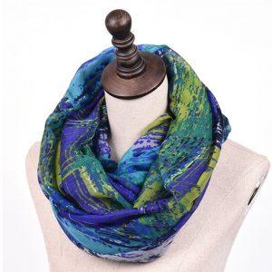 Comfortabele Damessjaal in Groen/Blauwe Patronen